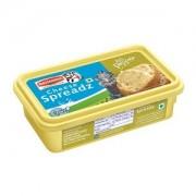 Britannia Cheese Spreadz - Asli Pepper, 180 gm Box